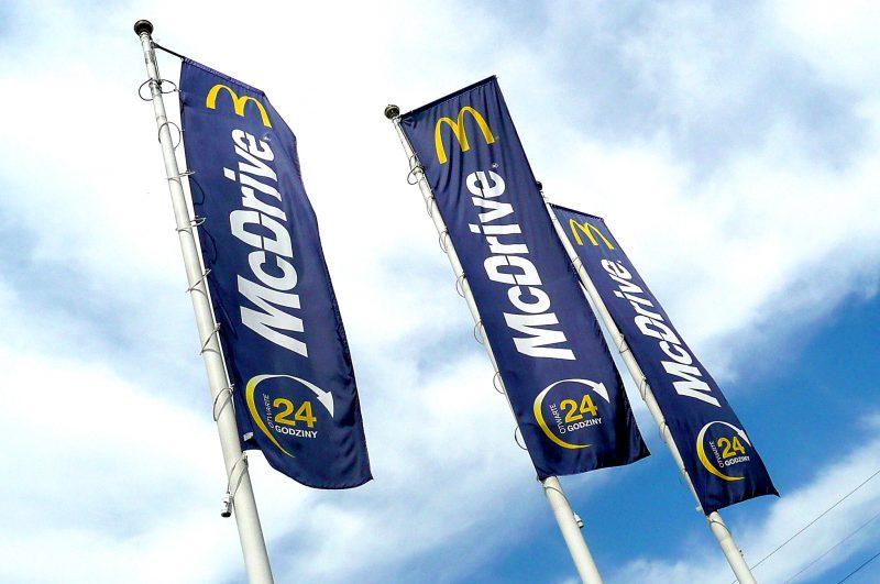 banery i flagi mcdrive